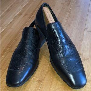 Men's Gucci dress shoe w/ rubber sole size 10 1/2
